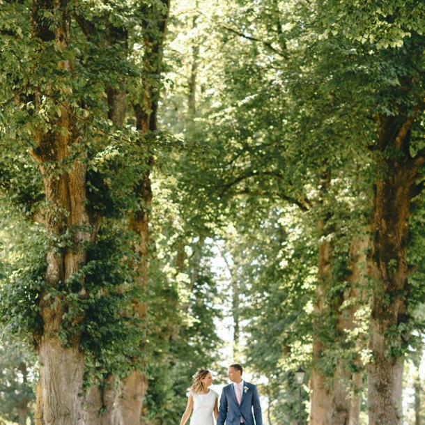 Each and every special occasion at Tankardstown receives an equal amount of care from initial enquiry, throughout the day itself right to the departure down the lime tree avenue and out the gate to your new life together.