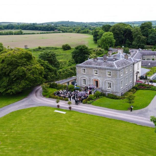 Have a look around Tankardstown House Estate, Slane, Co. Meath. Country House accommodation, luxury Wedding Venue and award winning Brabazon Restaurant.